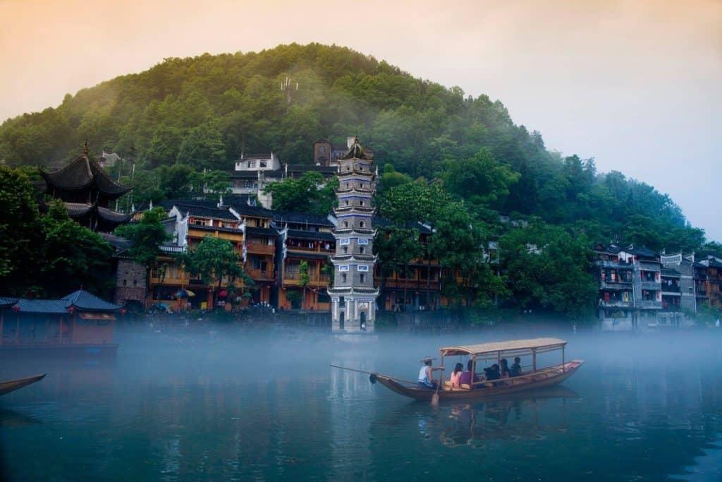 храмы Фэнхуана