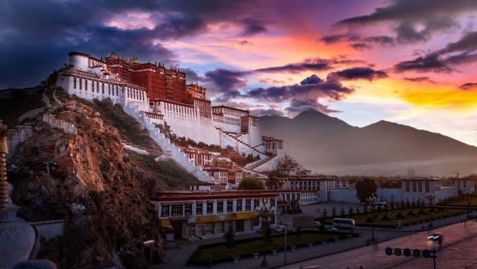 Тибет – ледяное окно Китая